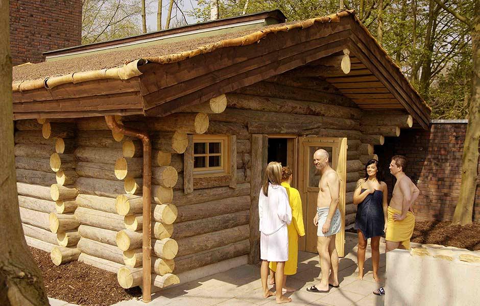 Er sucht sie für sauna